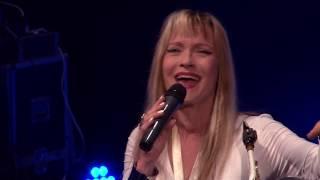 Marcellina Fehér Éjszaka élő koncert Ne sírj saxofonom