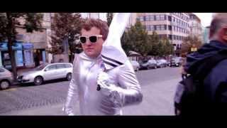 Video El'brkas - Družice [Official Video]
