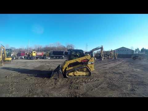CATERPILLAR CHARGEURS TOUT TERRAIN 259D equipment video sNKCsmrTfvY