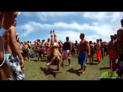 Ragazze: Acrobazie e salti spettacolari