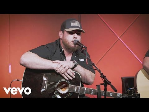 Video Luke Combs - One Number Away - Live @ 1201 download in MP3, 3GP, MP4, WEBM, AVI, FLV January 2017