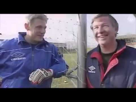 Peter Schmeichel One of the best goal keeper on this world[Throw back] (видео)