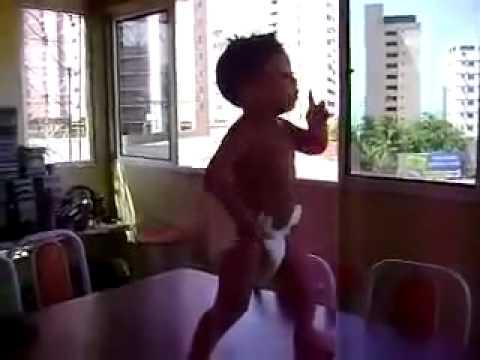 Танец от Бразильского малыша )