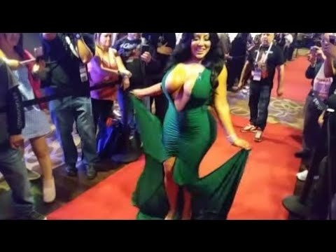 AVN awards 2018 feat. Kiara Mia pt. 2 (видео)