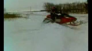 8. z370 arctic cat snowmobile