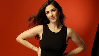 Video How D'Arcy Carden avoids making 'The Good Place's' Janet too robotic MP3, 3GP, MP4, WEBM, AVI, FLV Februari 2019