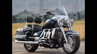 7. EXCELLENT TRIUMPH ROCKET III WITH ROADSTER STYLE