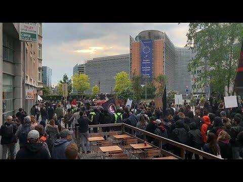 Βρυξέλλες: Αντιφασιστική πορεία