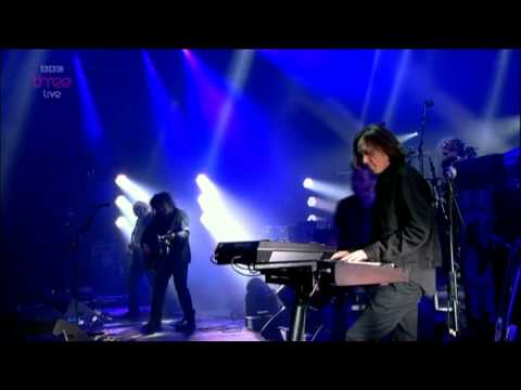 The Cure - Just Like Heaven @ Reading Festival 2012 HD