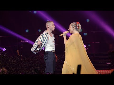 Video The Adventures of Kesha & Macklemore Tour | Ep.7: Good Old Days | T-Mobile download in MP3, 3GP, MP4, WEBM, AVI, FLV January 2017