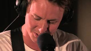 Ben Howard covers Call Me Maybe in the Live Lounge