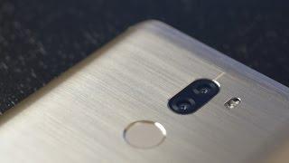 """Одновременно с обновленным Mi 5 с приставкой """"s"""" компания Xiaomi представила Mi 5s Plus, который вроде бы должен был стать улучшенной версией нового флагмана, в пользу такой логики говорит и стоимость смартфона. На первый взгляд все так и есть, но давайте посмотрим на новинку повнимательнее и разберемся так ли это на самом деле.За предоставленный на обзор смартфон спасибо магазину https://vk.com/lstoremobileВведение - 00:17Упаковка и комплектация - 00:47Внешний вид и эргономика - 01:01Экран - 02:13Аппаратная платформа и производительность - 02:47Сотовая связь и интерфейсы - 03:44Аккумулятор и автономность - 04:17Камеры, качество фотографий и видео - 04:54Качество звука - 07:26Особенности операционной системы - 07:55Заключение - 08:17Где купить Xiaomi Mi 5s Plus (реклама):- на AliExpress: https://goo.gl/T3UdpS- на GearBest: https://goo.gl/gl3Er5- на BangGood: https://goo.gl/SbmywH- все вышеперечисленное, но с кэшбэком: http://goo.gl/zXdsA5Текстовый обзор: https://mygadget.su/2016/11/obzor-xiaomi-mi-5s-plus/Обзор операционной системы MIUI 8: https://mygadget.su/2016/10/obzor-operatsionnoy-sistemyi-miui-8/Музыкальный трек: Oleg O. Kachanko - Sunny daysПример работы камеры, видео:1. UHD @30 к/с: https://youtu.be/EdsHcjSL9Yw2. slowmo HD @30 к/с: https://youtu.be/D_O-luBsgdAПример работы камеры, фото: https://www.flickr.com/photos/mygadgetsu/albums/72157665049050849~Сайт проекта: https://mygadget.su/Facebook: https://www.facebook.com/mygadgetsuTwitter: https://twitter.com/MyGadgetsuVkontakte: https://vk.com/mygadgetsuGoogle+: https://google.com/+MygadgetSu/Flickr: https://www.flickr.com/photos/mygadgetsu/albums"""