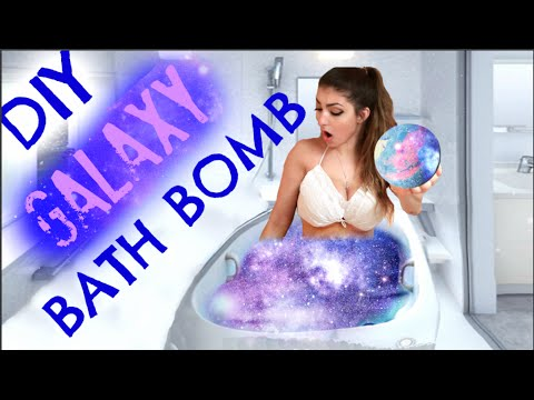 DIY: How To Make a GALAXY Bath Bomb! (видео)