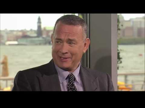 """Sully"" director Clint Eastwood, and stars Tom Hanks and Aaron Eckhart Interview & Movie Review"