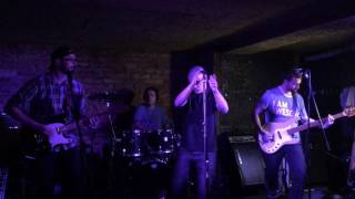 Video Blue Robin - Nullo modo - live at cafe v lese