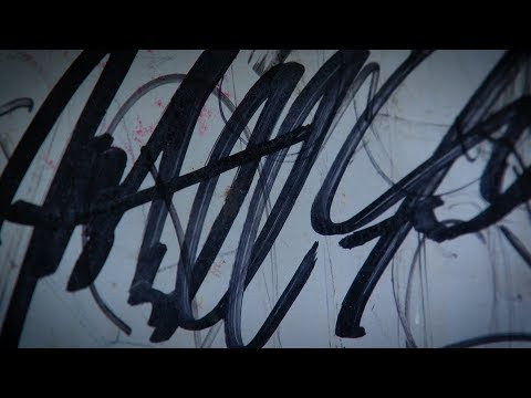 Video thumbnail: Signature act