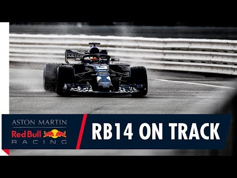 First laps with the RB14 | Daniel Ricciardo takes our F1 2018 challenger for a spin (видео)