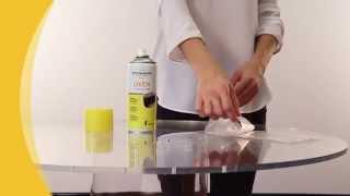Schiuma detergente intensiva per forni.