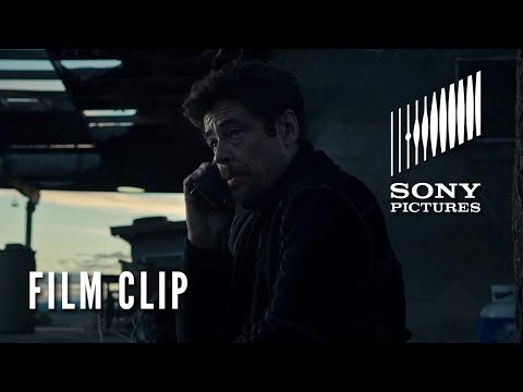 """Sicario: el día del soldado - Movie Clip-""""Get Rid Of Her""""?>"""