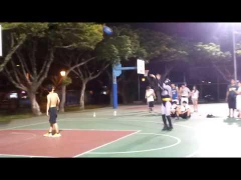 蝙蝠俠街頭籃球PK! 超強…