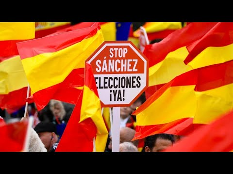 Spanien: Großdemo gegen die Unabhängigkeit Kataloniens