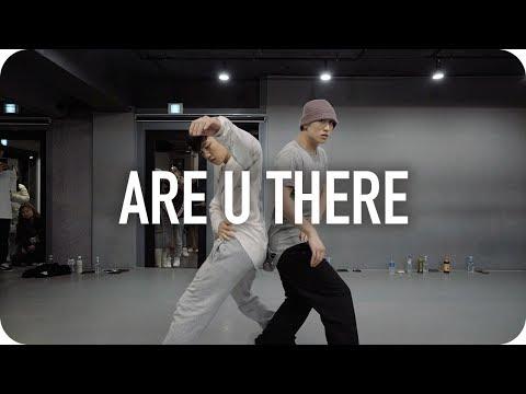 Are U There? - Mura Masa / Eunho Kim X Jinwoo Yoon Choreography - Thời lượng: 5 phút, 4 giây.