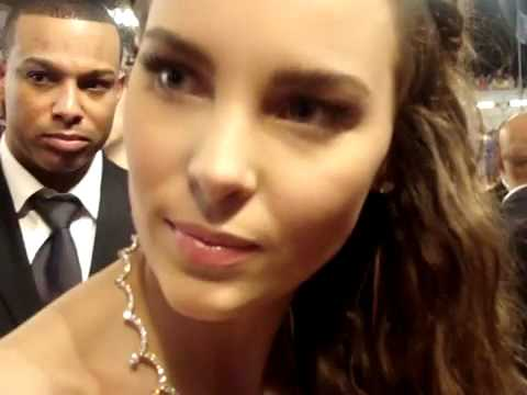Belinda en los premios Billboard VIPLatino alfombra roja