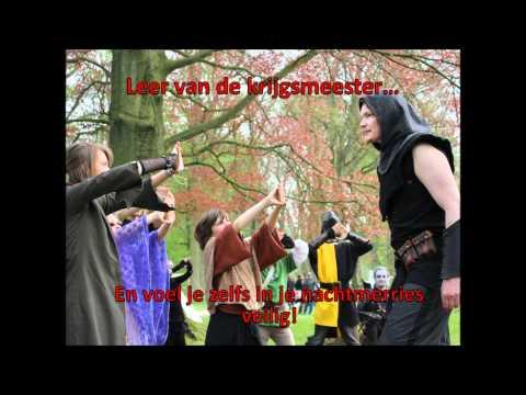 qumars - Tijdens het feest der elfen bij Kasteel De Haar was het niet pluis in de tuinen... Lees hier het verhaal van Qu'Mars strijd tegen de nachtkrijgers der Samara...
