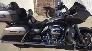 6. 2017 Harley Davidson Road Glide Ultra FLTRU