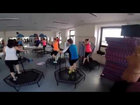 Akční video našich rugbistek na jumpingu
