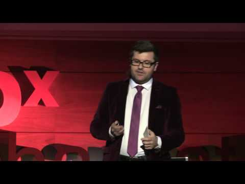 Political campaigning in the digital age: Lucian Despoiu at TEDxBucharest
