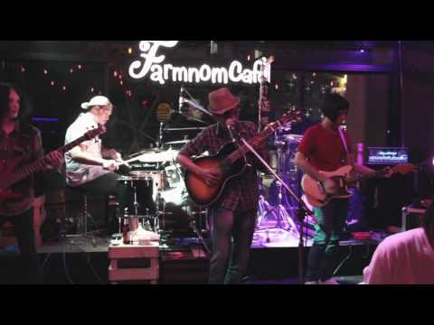 จับมือ(Together) - The Rovers [Live at FarmNom Cafe]