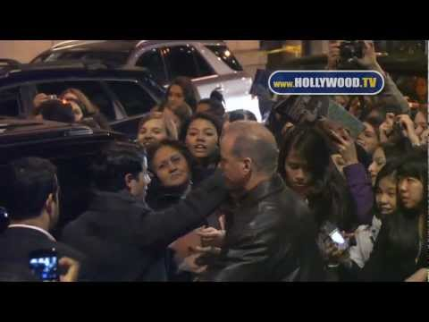 Video: Nick Jonas and Beau Bridges greeted fans as they left their Broadway show How to Succeed