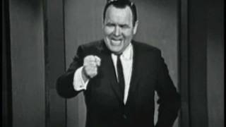 Jonathan Winters is a one-man comedy troupe.Airdate: January 31, 1964Available through Time-Life Video