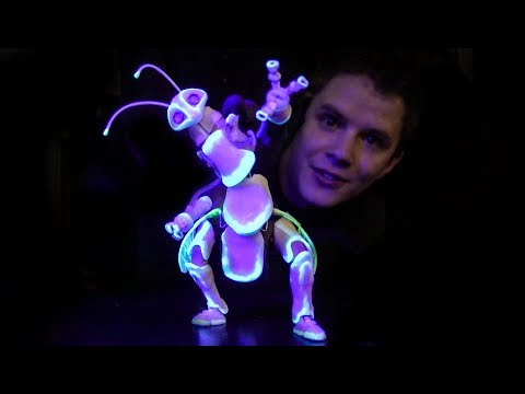 Amazing GlowintheDark Bug Puppet