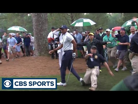 Security guard makes contact with Tiger Woods at the Masters | CBS Sports