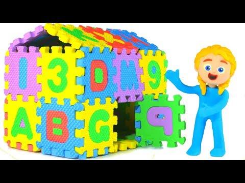 KIDS BUILDING AN ABC HOUSE ❤ SUPERHERO PLAY DOH CARTOONS FOR KIDS