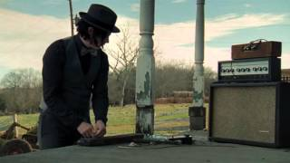 Jack White Builds a Guitar