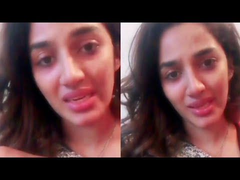 Video Mathira emotional and crying on zainab murder download in MP3, 3GP, MP4, WEBM, AVI, FLV January 2017