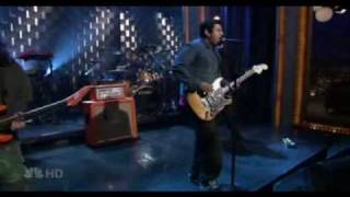 Deftones-Hole in the Earth live on Conan 2006