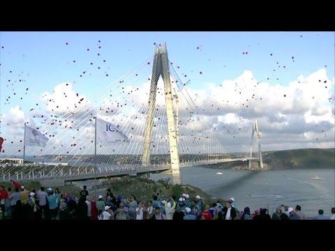 Turquía inaugura el puente suspendido más largo del mundo