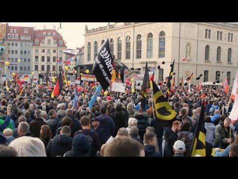 Δρέσδη: Διαδηλώσεις υπέρ και κατά του αντιμεταναστευτικού κινήματος «Pegida»…