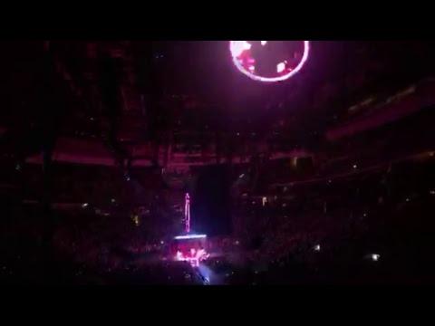 U2 Prudential Center NJ 6/29/18 - Thời lượng: 11 phút.