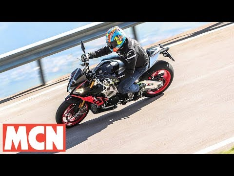 2019 Aprilia Tuono V4 1100 Factory review | MCN | Motorcyclenews.com