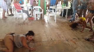 Video Mujeres se desacatan bailando MP3, 3GP, MP4, WEBM, AVI, FLV Juli 2018