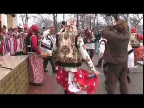 Datini si obiceiuri de Anul Nou- ursi,capre din Fantanele la Udesti-31 decembrie 2009