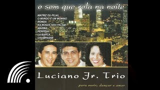 Luciano Jr. Trio  - Amor Amor / Ao Pôr do Sol - O Som Que Rola na Noite, vol.1 - OficialSpotify:https://open.spotify.com/album/1U65I84pnu1AbIxWWwyW7mDeezer:http://www.deezer.com/br/album/14159650GooglePlay:https://play.google.com/store/music/album/Luciano_Jr_Trio_Para_Ouvir_Dan%C3%A7ar_e_Amar_O_Som_Que?id=Bemedvg7zdcn2nbm3vreude6ex4Twitter: http://www.twitter.com/atracaoonlineFacebook: https://www.facebook.com/GravadoraAtracaoInstagram: http://instagram.com/gravadoraatracaoSite: http://www.atracao.com.brClique aqui para se inscrever em nosso canal: http://goo.gl/XVgyo