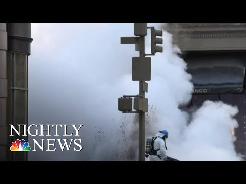 Steam Pipe Explodes In New York City | NBC Nightly News