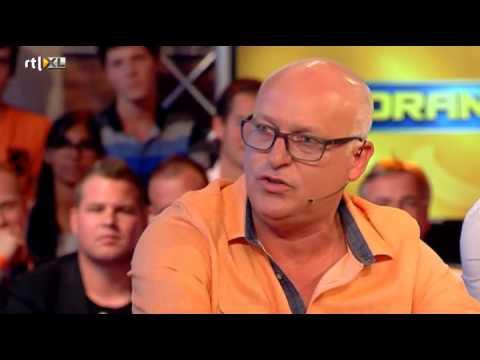 ruzie - Kijk meer video's op http://www.rtlxl.nl/#!/gemist/vi-oranje-226477. Er zijn wat irritaties tussen René en Johan, maar volgens Johan is het vooral een storm ...