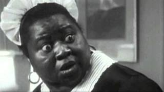 EDIT: Found it: http://giphy.com/gifs/classic-hattie-mcdaniel-GGthjnMpLXu4o It's really fast. This was a gif that was circulating around the internet a few years ...